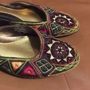 Size 7 hippie boho design backless flats